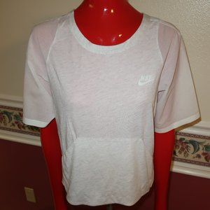Nike Premium Pack Casual Training Top SIZE MED EUC